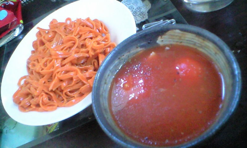 トマト冷麺つけめん